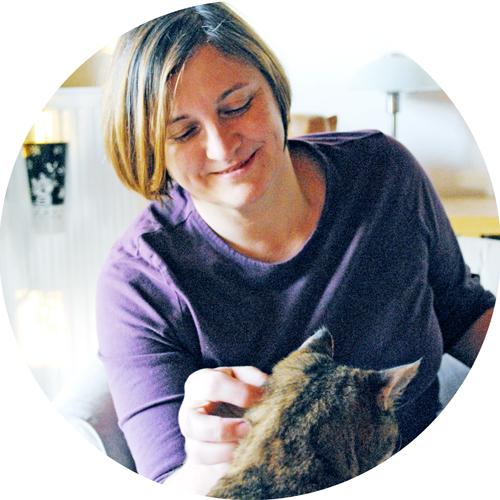 Ursula Weixler mit ihrer Katze